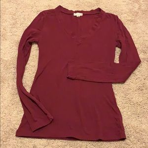 Zenana outfitters basic red v neck tee shirt